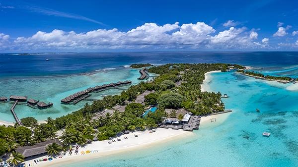 Sheraton Maldives Full Moon Resort & Spa introduces private island takeover